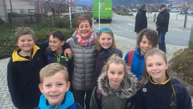 1530672159517 - Otago pupils 'forced' to stand in bus aisles on icy 100kmh roads