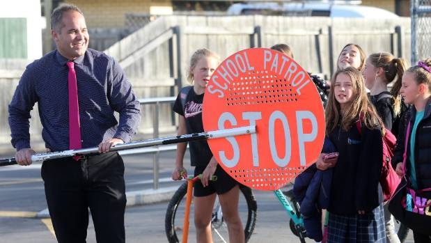 1530851654043 - School zone plans on hold amid college campus debate